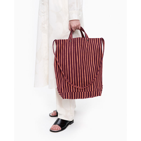 Marimekko Odelia bag Striped Tote made of heavyweight cotton canvas in the Piccolo pattern