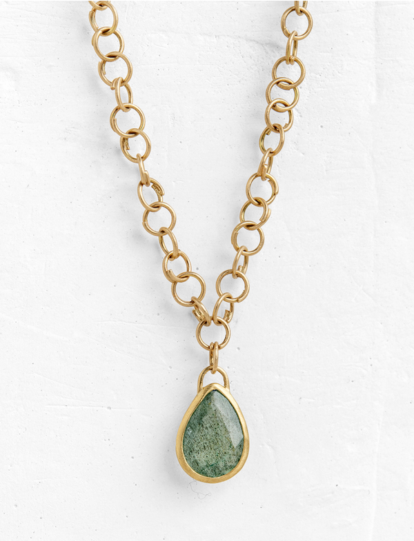 Unique Brill-Emerald Pendant with Double Chain