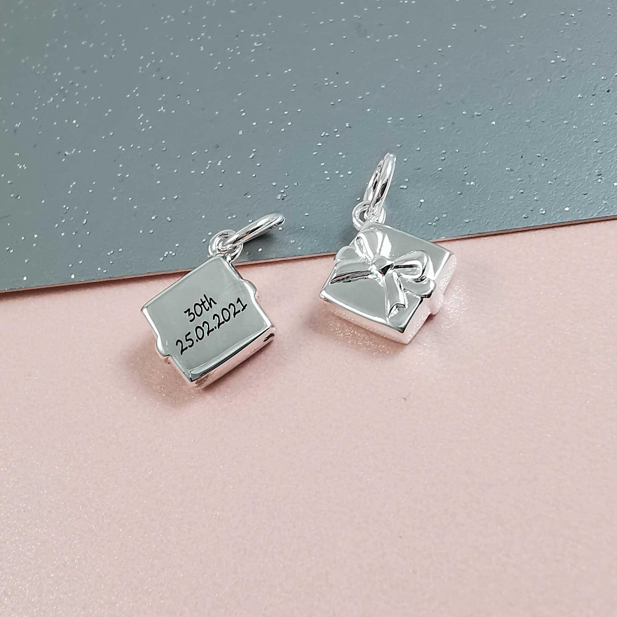 personalised present 30th birthday charm for bracelet pendant necklace
