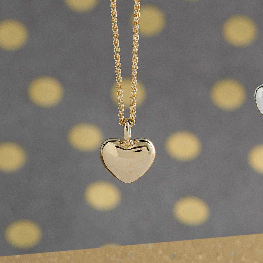 solid gold heart necklace pendant scarlett jewellery uk Brighton