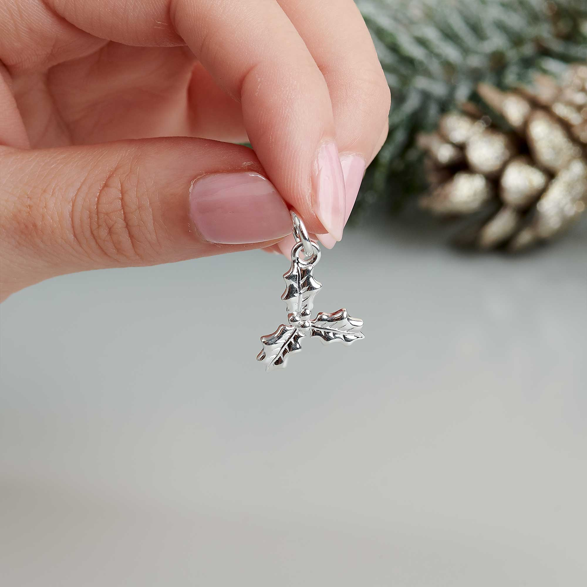Sterling silver holly leaf charm christmas bracelet scarlett jewellery