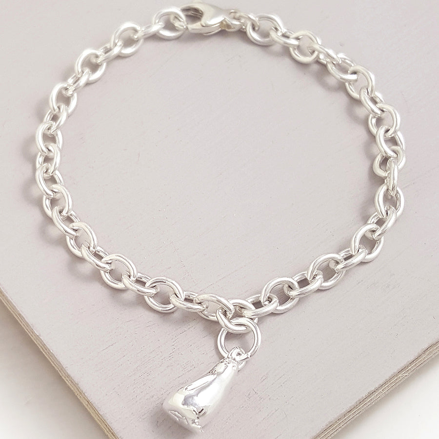Silver Penguin Bracelet Charm with perfect detail free UK delivery