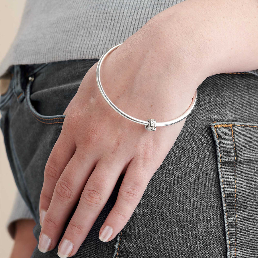 Que Sera recycled Silver Worry Bead Bangle designer silver Mindfulness Gift Scarlett Jewellery