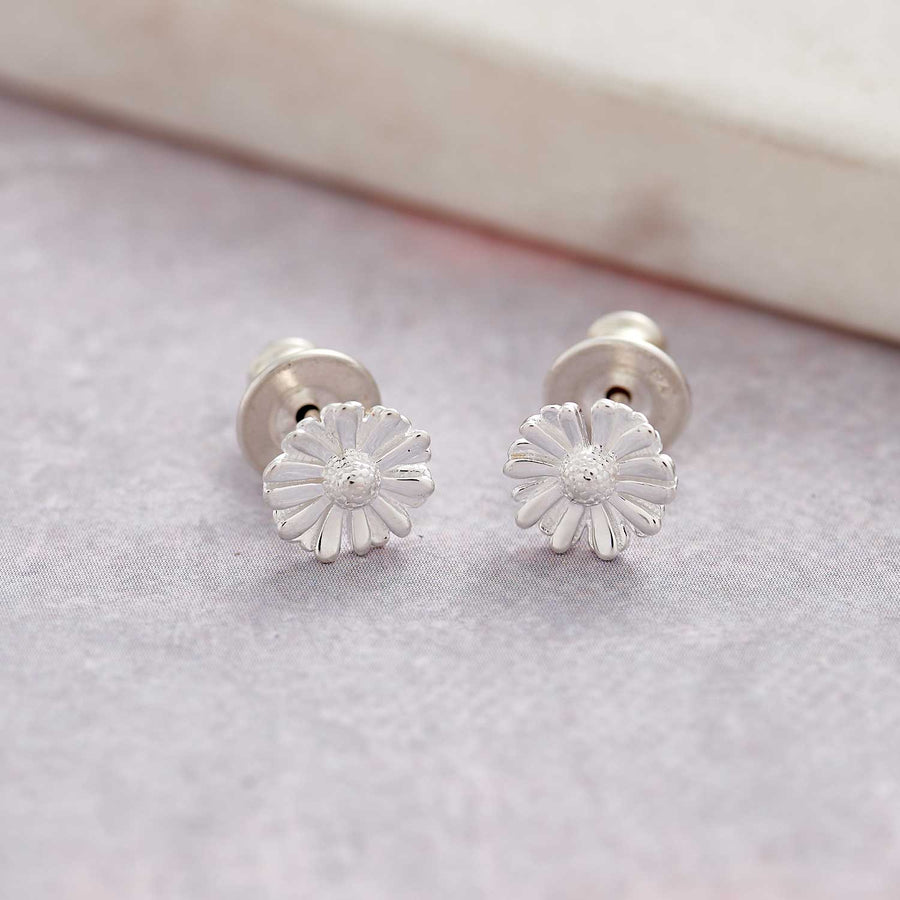 small solid silver daisy stud earrings scarlett jewellery