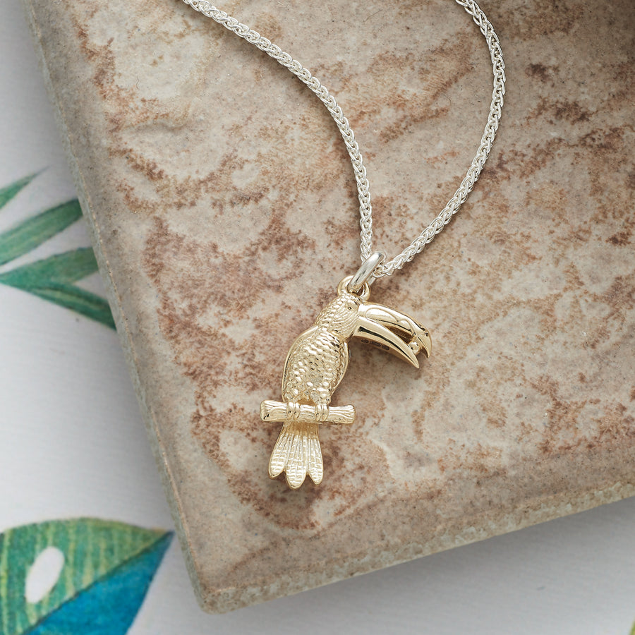 Solid gold toucan bird parrot tropical charm necklace pendant