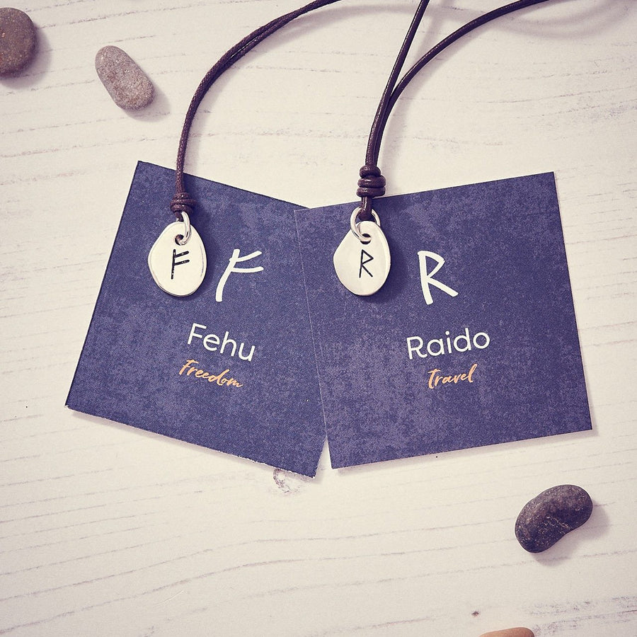 Travel Rune Raido- Silver & Leather pendant for men & women - ideal travel gift