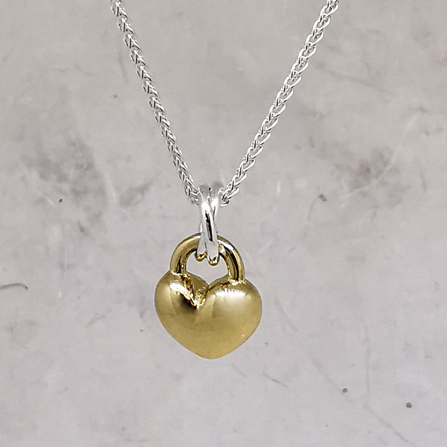 solid gold and silver love heart pendant necklace romantic anniversary gift for girlfriend wife
