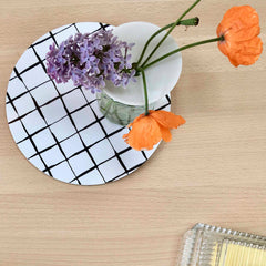 Iris Hantverk Black and White Grid Trivet With Propagation Vase