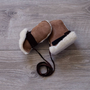 Topsy Farms baby sheepskin mittens