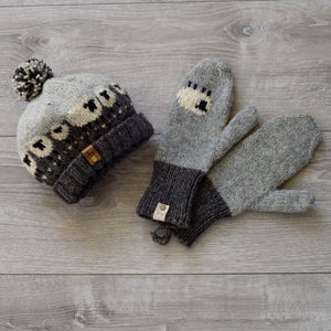 Sheepy wool hat & mitts