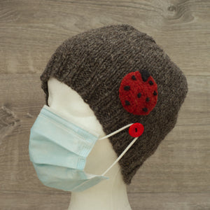 Button wool hat