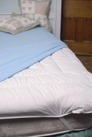 "Mattress Topper, King (82"" x 78"") ~7.5lbs"