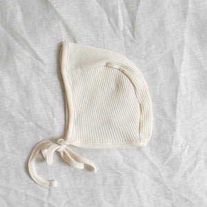 Primary Bonnet