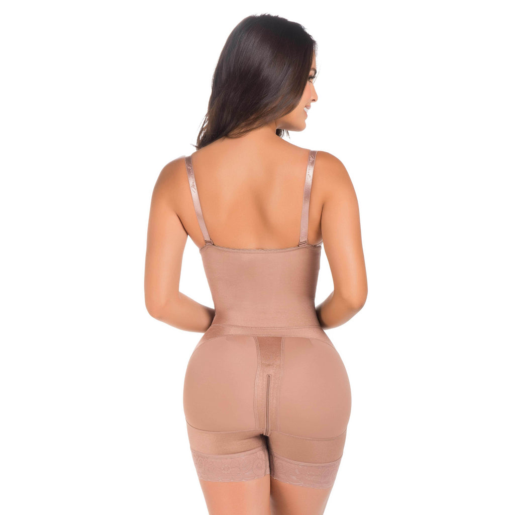 Short Girdle in Bidirectional Lycra