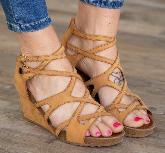 Women Casual Peep Toe Wedge Sandals Buckle Shoes