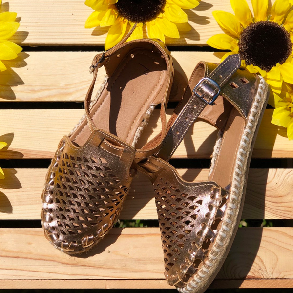 Leather Hollow-Out Casual Sandals