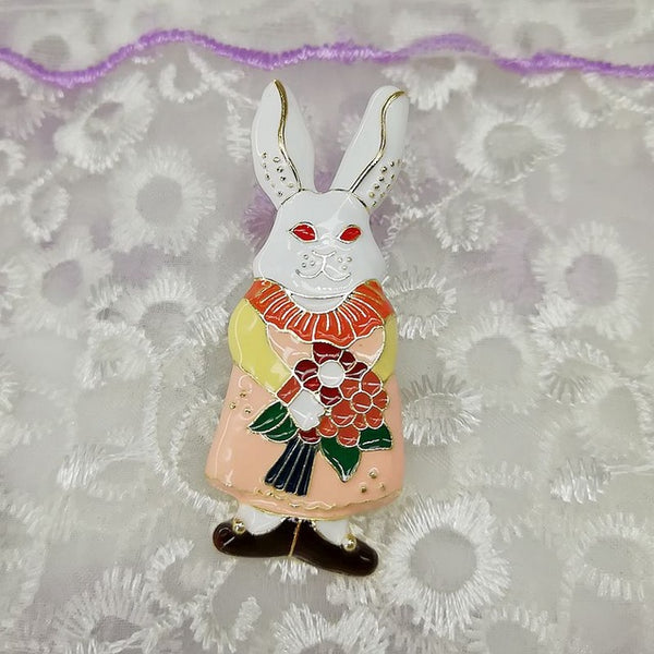 The wind cream fairy tales rabbit brooches
