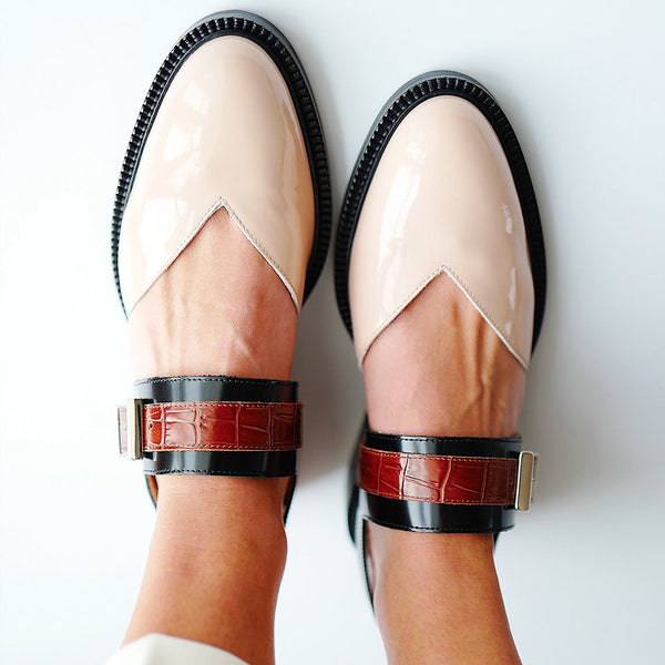 Woman Buckle Color block Flat Heel Loafers