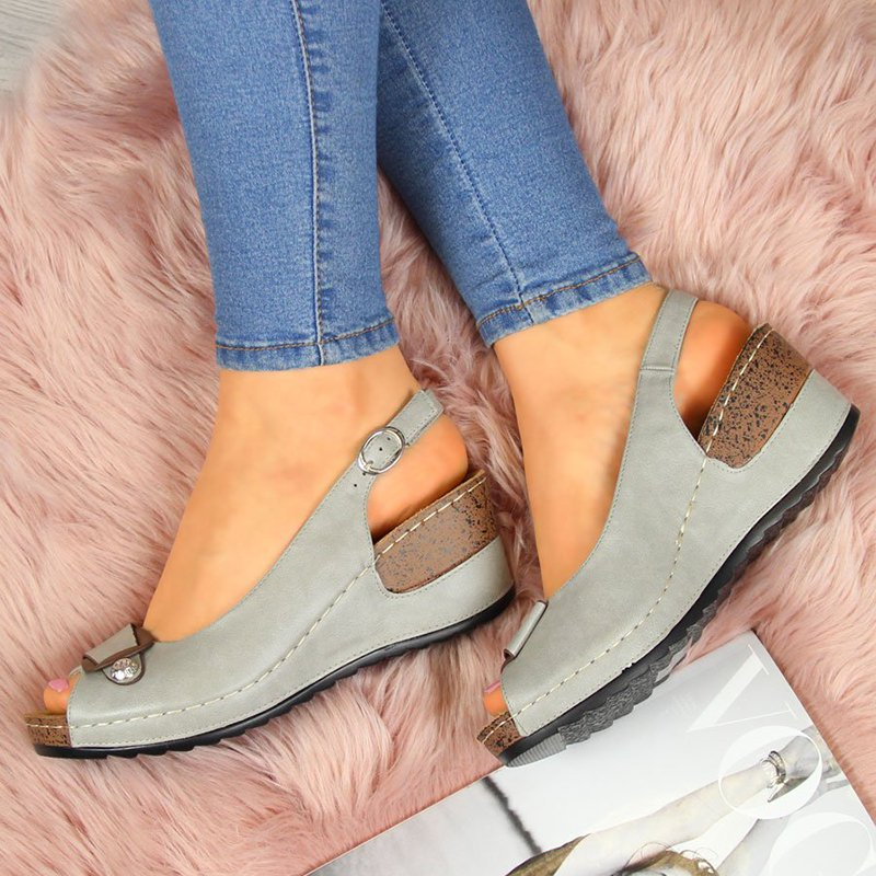 Woman Casual Buckle Strap Wedge Sandals