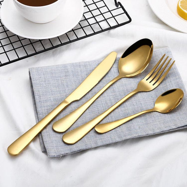 Flat handle gold color cutlery set