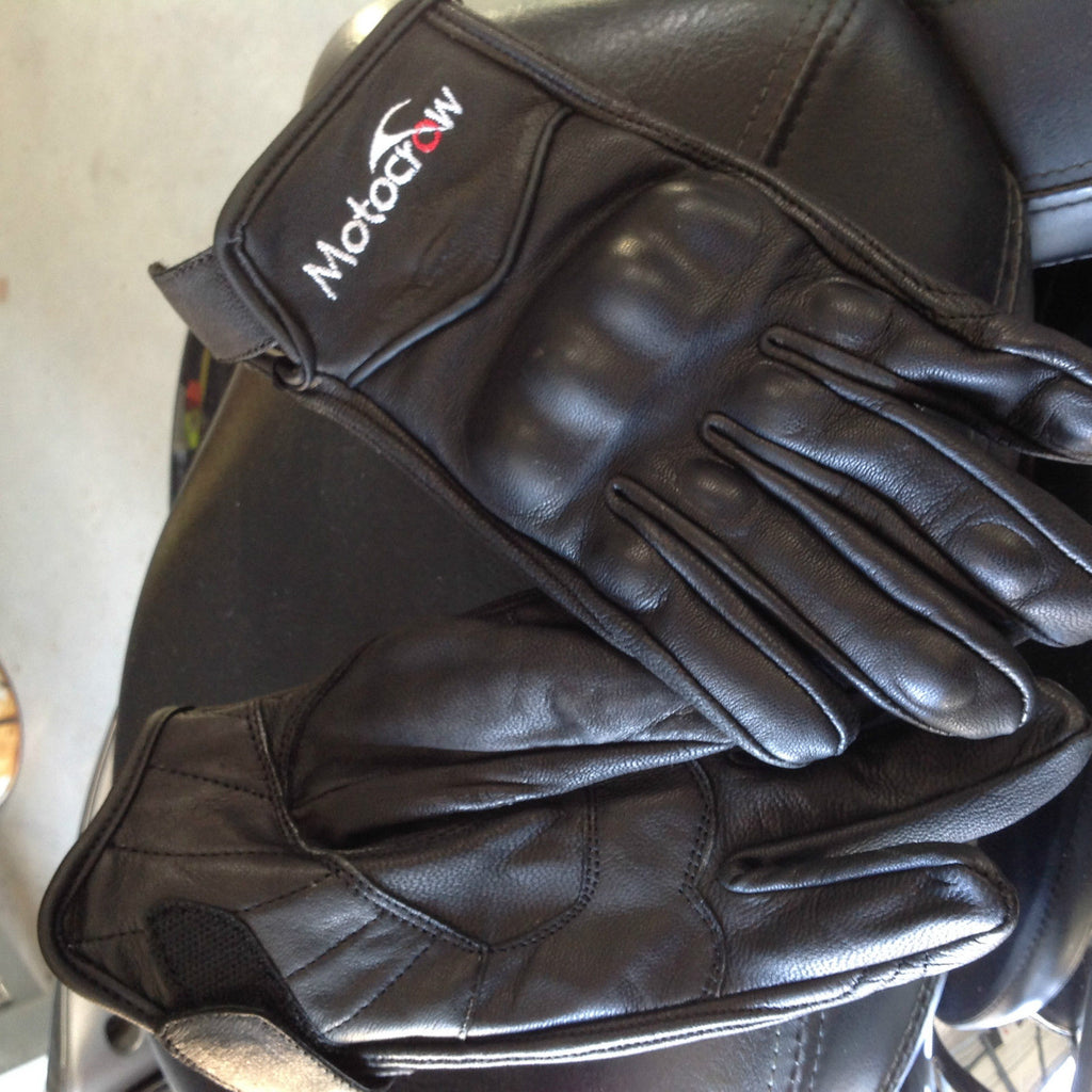 Motorbike Gloves Short Leather Knuckle Protection Motocrow RRP $50.00