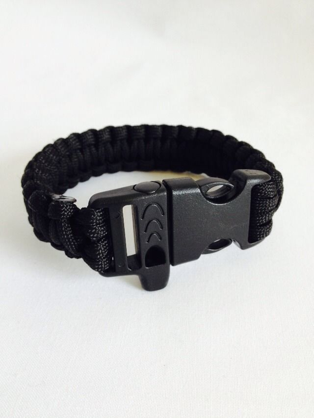 Paracord Survival Bracelet Black Parachute Cord with Buckle and Whistle 2.65metres