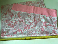 OLD RETRO VINTAGE 60s 70s BABY PINK WHITE FLORAL FLOWER POWER PILLOW CASE PROP?