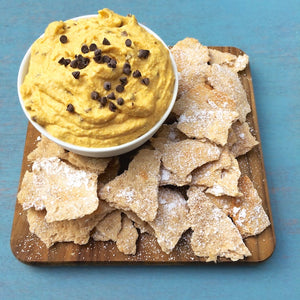 Pumpkin meets my favorite Italian dessert in this Pumpkin Cannoli Dip