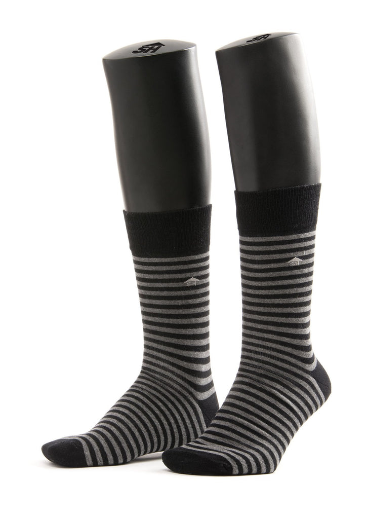 Thin Stripes Design Socks