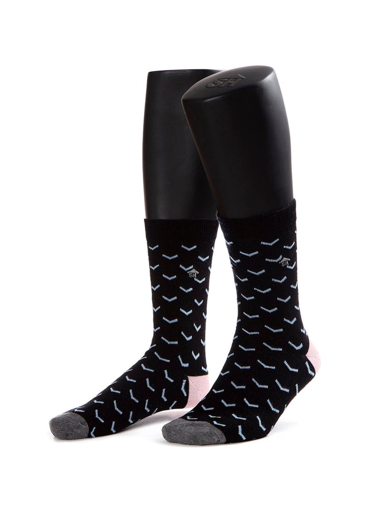 Inverse Triangle Design Socks