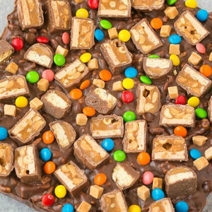 Gluten Free Candy Crunch Bars (Vegan, Dairy Free) is the perfect use of leftover Halloween or party chocolate bars and sweets! Customizable, versatile and ready in minutes, this fool-proof no bake bar recipe can be adapted to suit a gluten-free,...