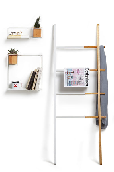 Storage umbra hub ladder adjustable clothing rack for bedroom or freestanding towel rack for bathroom expands from 16 to 24 inches with 4 notched hooks white natural