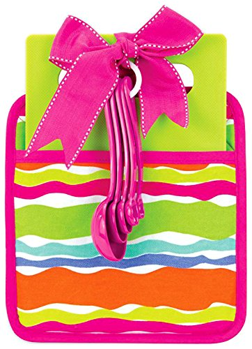 Brownlow Gifts Waves Essentials Pot Holder Cutting Board and Measuring Spoons, Multi-Color
