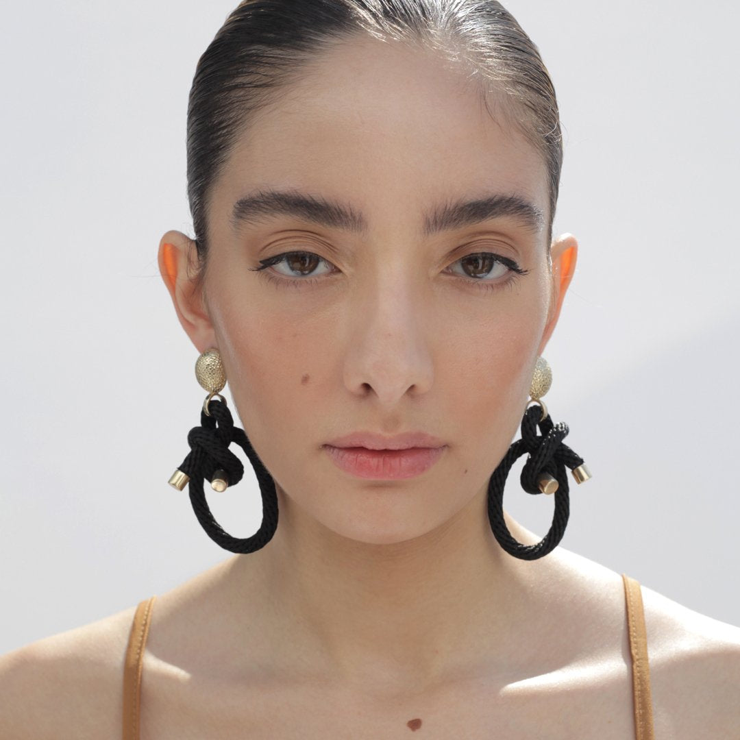 Shimenawa Earrings Black