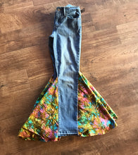 Load image into Gallery viewer, TJ Batik Levis Size 4 Double Sided Bell Bottoms