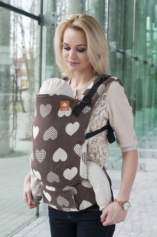Full Toddler WC Carrier - Love Motif Cacao - Baby Tula