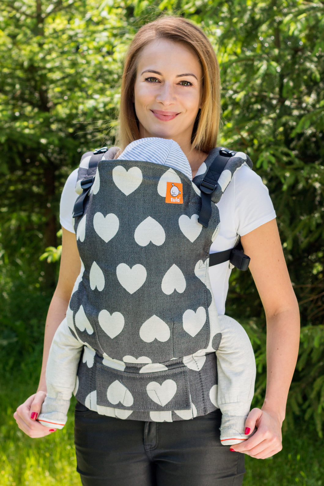 Full Toddler WC Carrier - Tula Love Noir 1 - Baby Tula