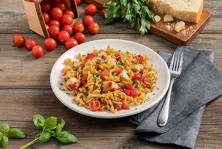 ZENB Rotini with Chicken, Roasted Red Peppers, & Fresh Herbs