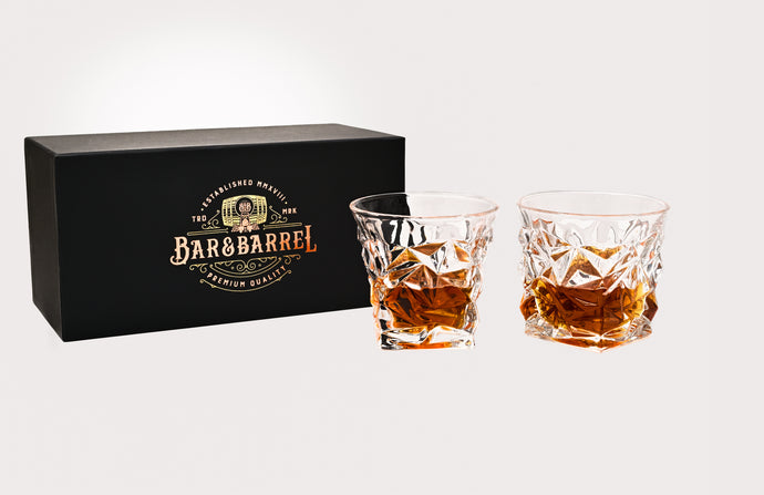 Bar & Barrel - Premium Diamond Cut Crystal Whiskey Glasses Twin Set