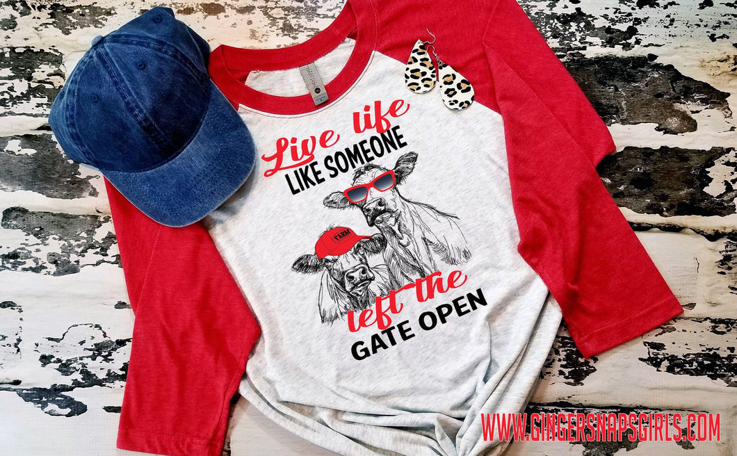 Live Like Someone Left the Gate Open Cow Friends, Heifers in a hat and glasses Sublimation Design File