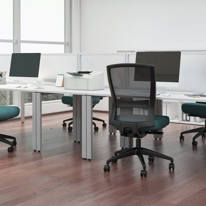 buro chairs with shared desks