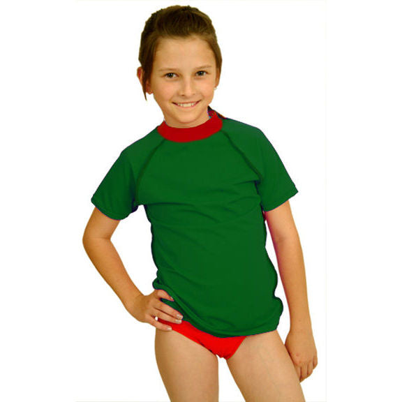 girl wearing the unisex green sun shirt with rounded red collar