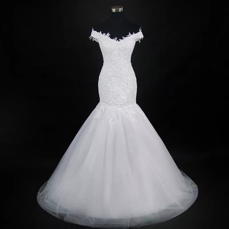 Elegant Cap Sleeve Trumpet Wedding Dress