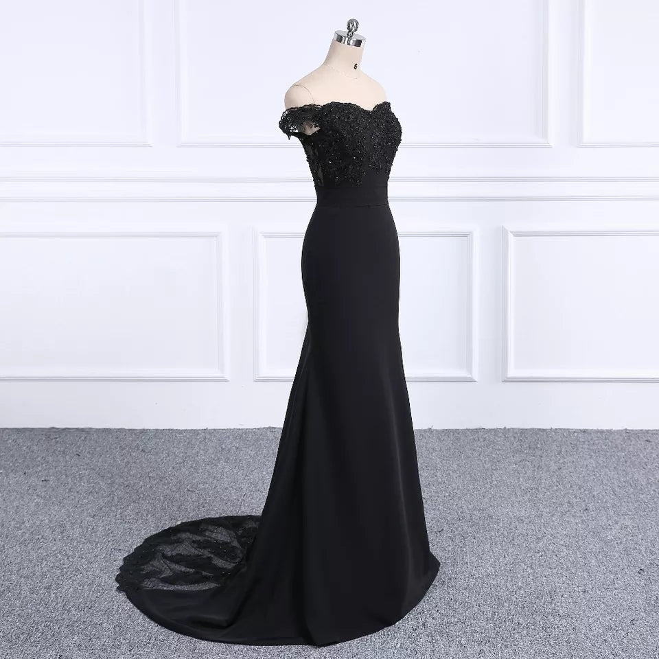 Black Off the Shoulder Bridesmaid/Prom Dress
