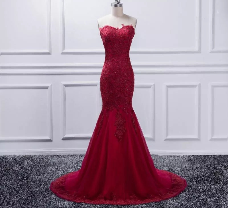 Beautiful Rhinestine and Lace Red Prom/Bridesmaid Dress
