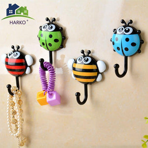 2pcs Creative Ladybug/Bee Cartoon Bathroom Wall Hooks Kitchen/Bedroom Sucker Free Nail Hook Wall Decorative Hooks