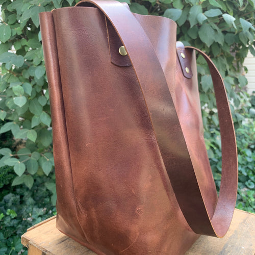 Medium Shoppers Tote | Walnut