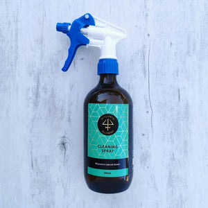 All natural cleaning spray essential oils glass