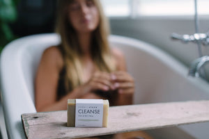 CEDAR + STONE - CLEANSE BAR (LIME + MAY CHENG)