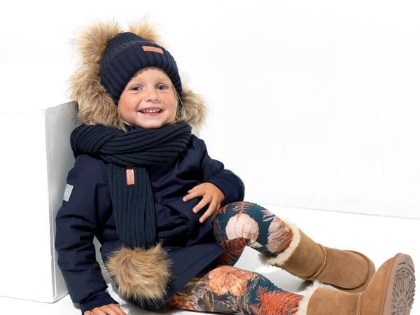Sustainable merino wool accessories, like beanies, baby bonnets, scarfs and mittens for kids.